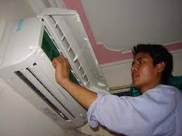 Công việc vệ sinh mặt lạnh tương đối đơn giản, bạn có thể thực hiện ở nhà